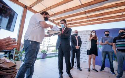 """Capitanich visitó el data center de ECOM y ratificó el compromiso de continuar trabajando """"para consolidar un Chaco con más conectividad"""""""